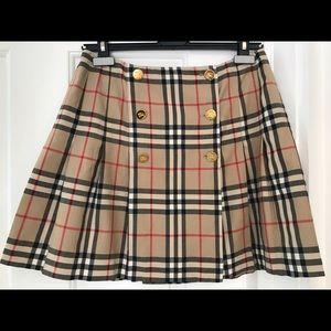Dresses & Skirts - Burberry Skirt/Kilt